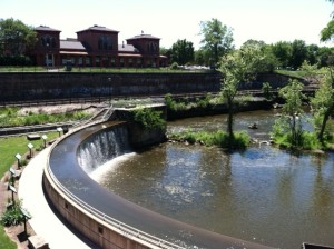 Kent Ohio waterfall on Cuyahoga River